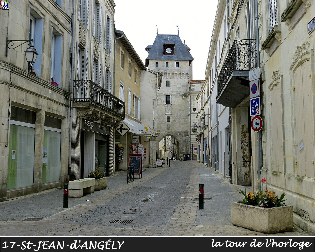 charente maritime photos de la commune de saint jean d 39 angely. Black Bedroom Furniture Sets. Home Design Ideas
