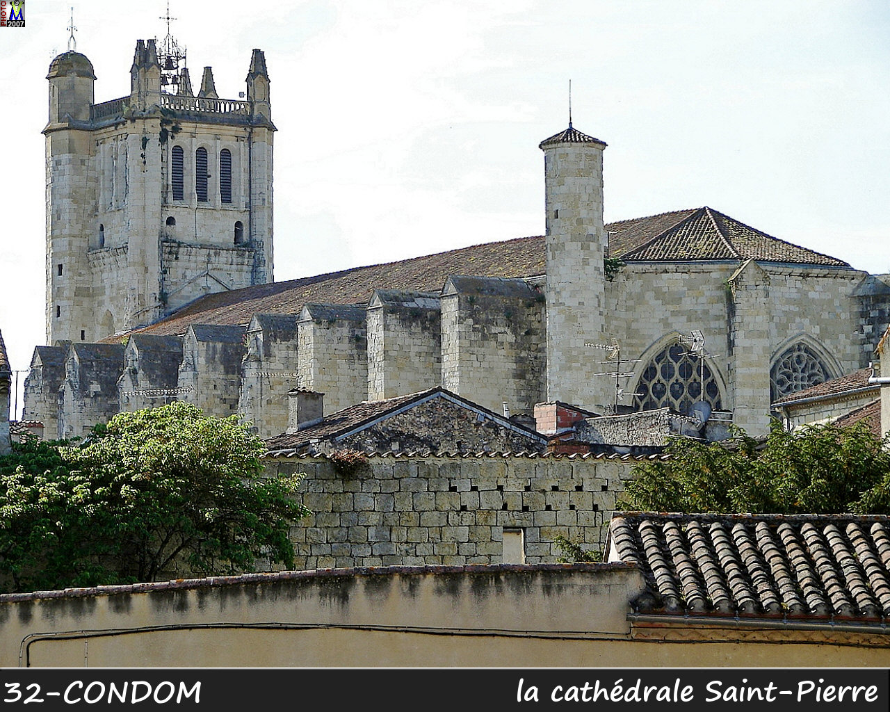 32CONDOM_cathedrale_100.jpg
