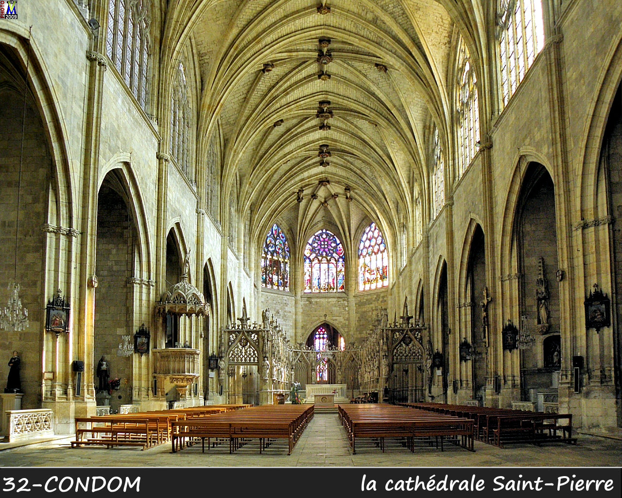 32CONDOM_cathedrale_200.jpg