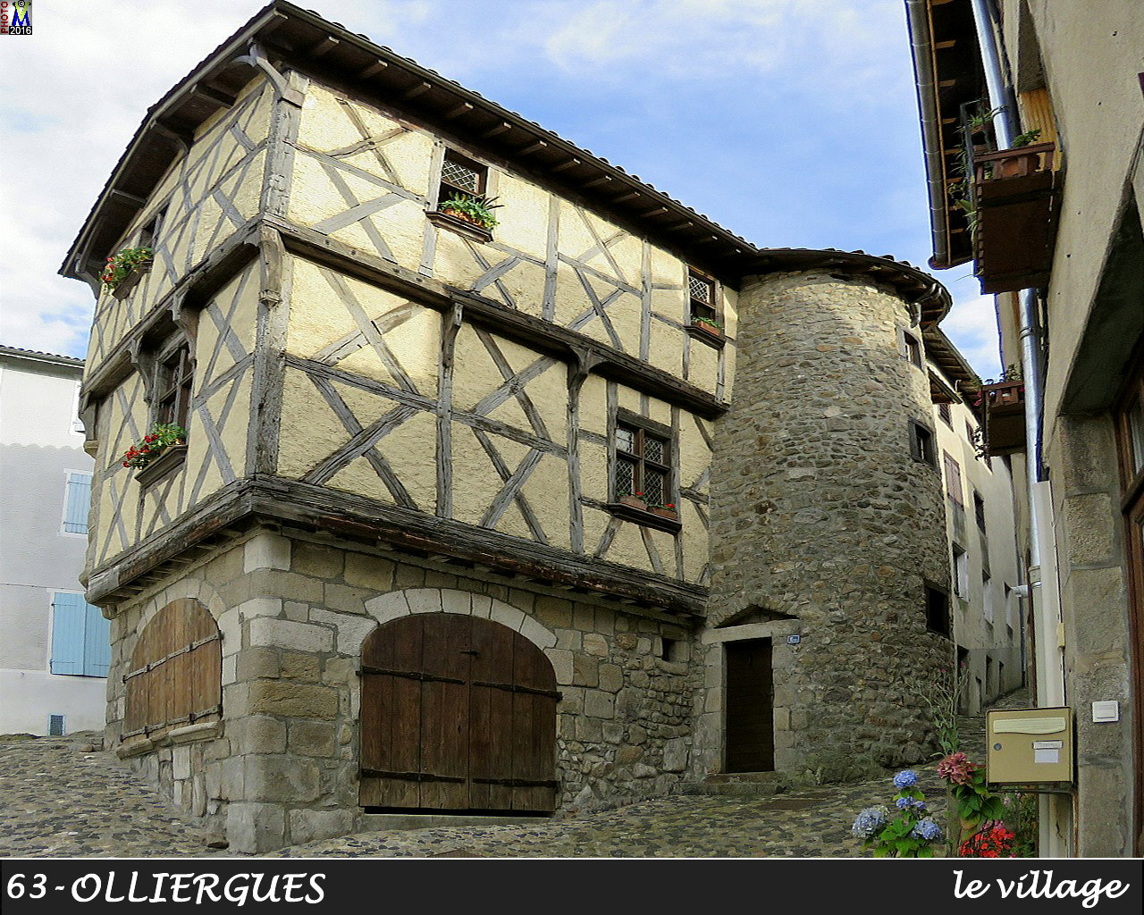 63OLLIERGUES_village_150.jpg