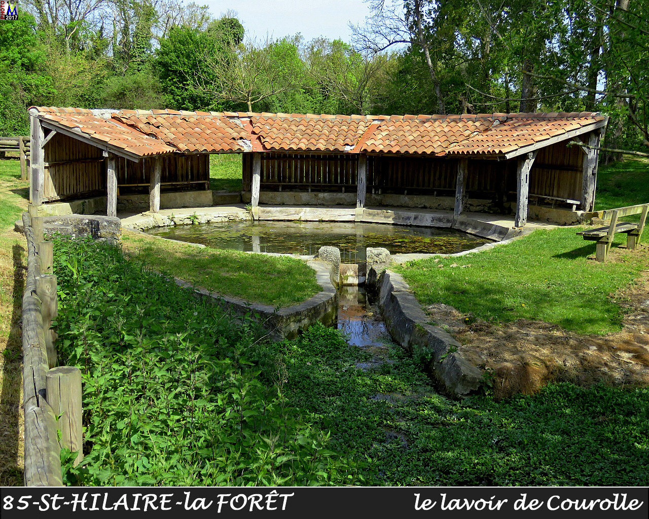 85StHILAIRE-FORET_lavoirC_1002.jpg