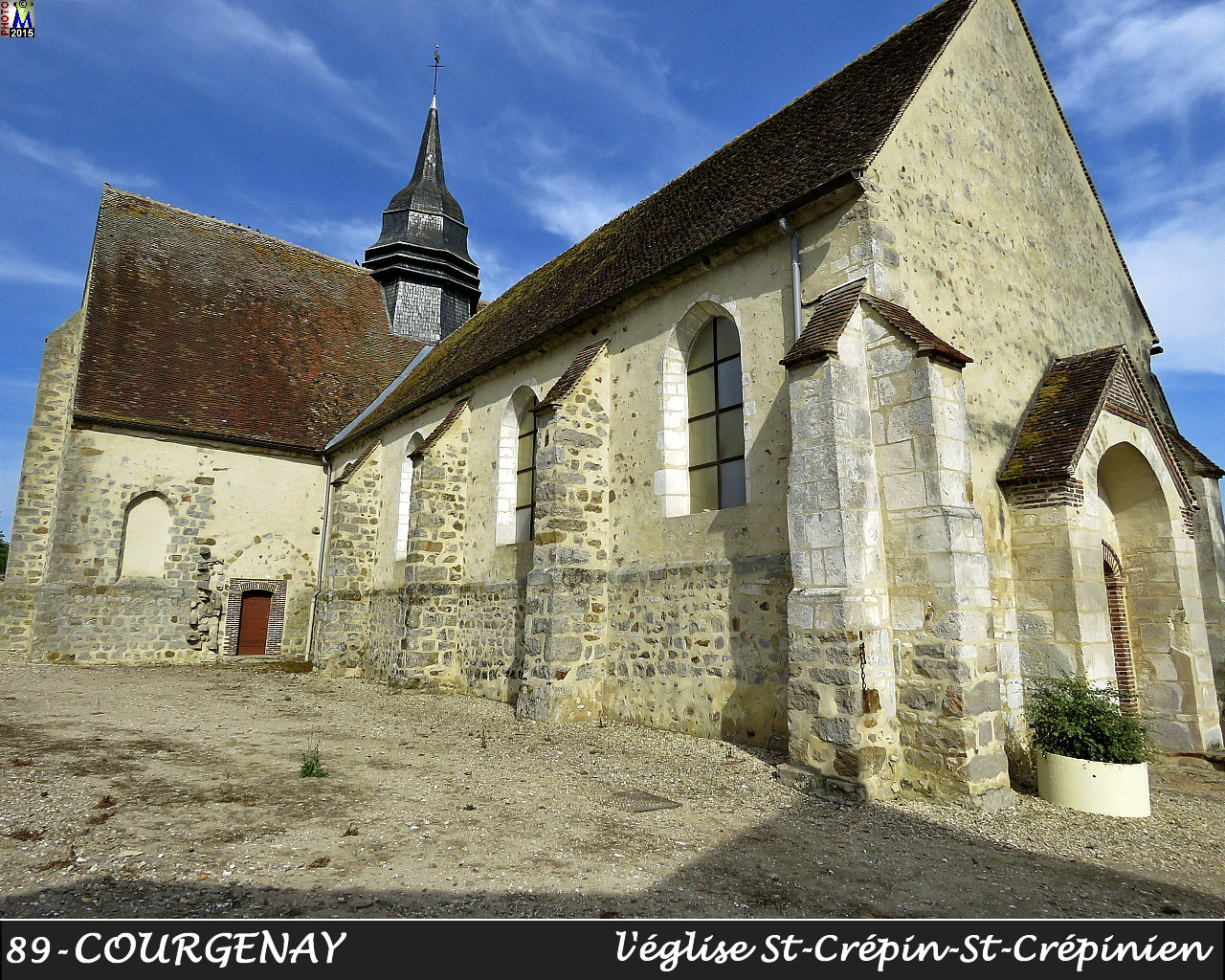89COURGENAY_eglise_102.jpg